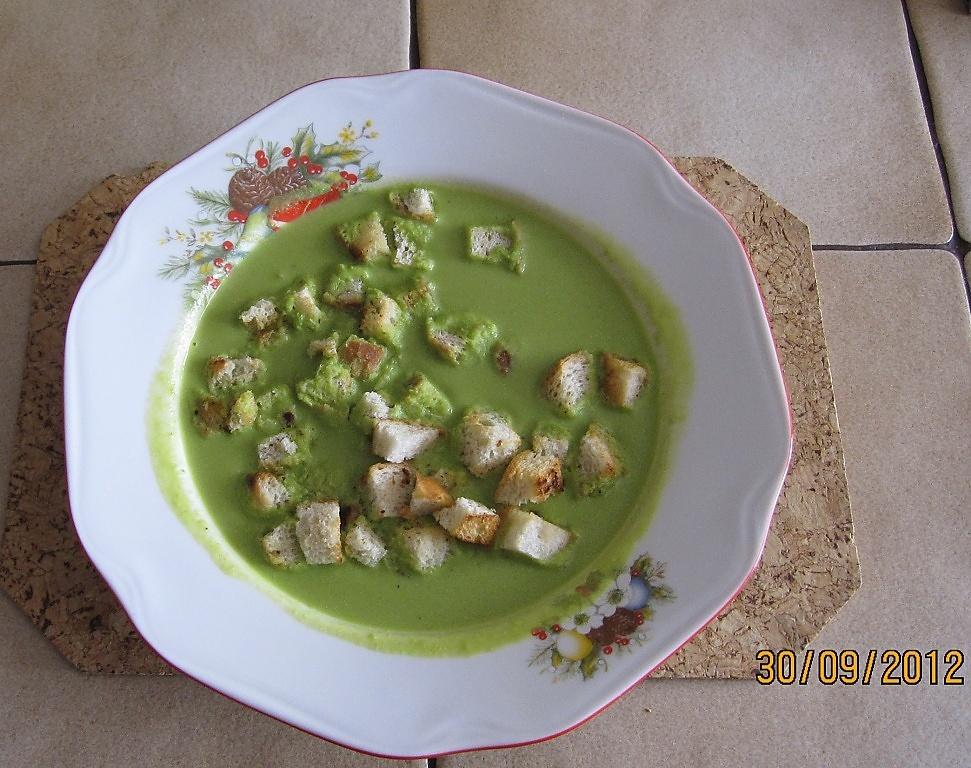 Nadýchaná hrášková polévka