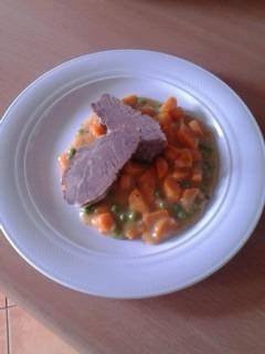 Recept Dušená mrkev - Mrkvička byla opravdu skvělá, omylem jsem sice použila celý kmín a místo citronu použila limetku, ale to nic nezměnilo na výborné chuti. Doporučuji. :-)