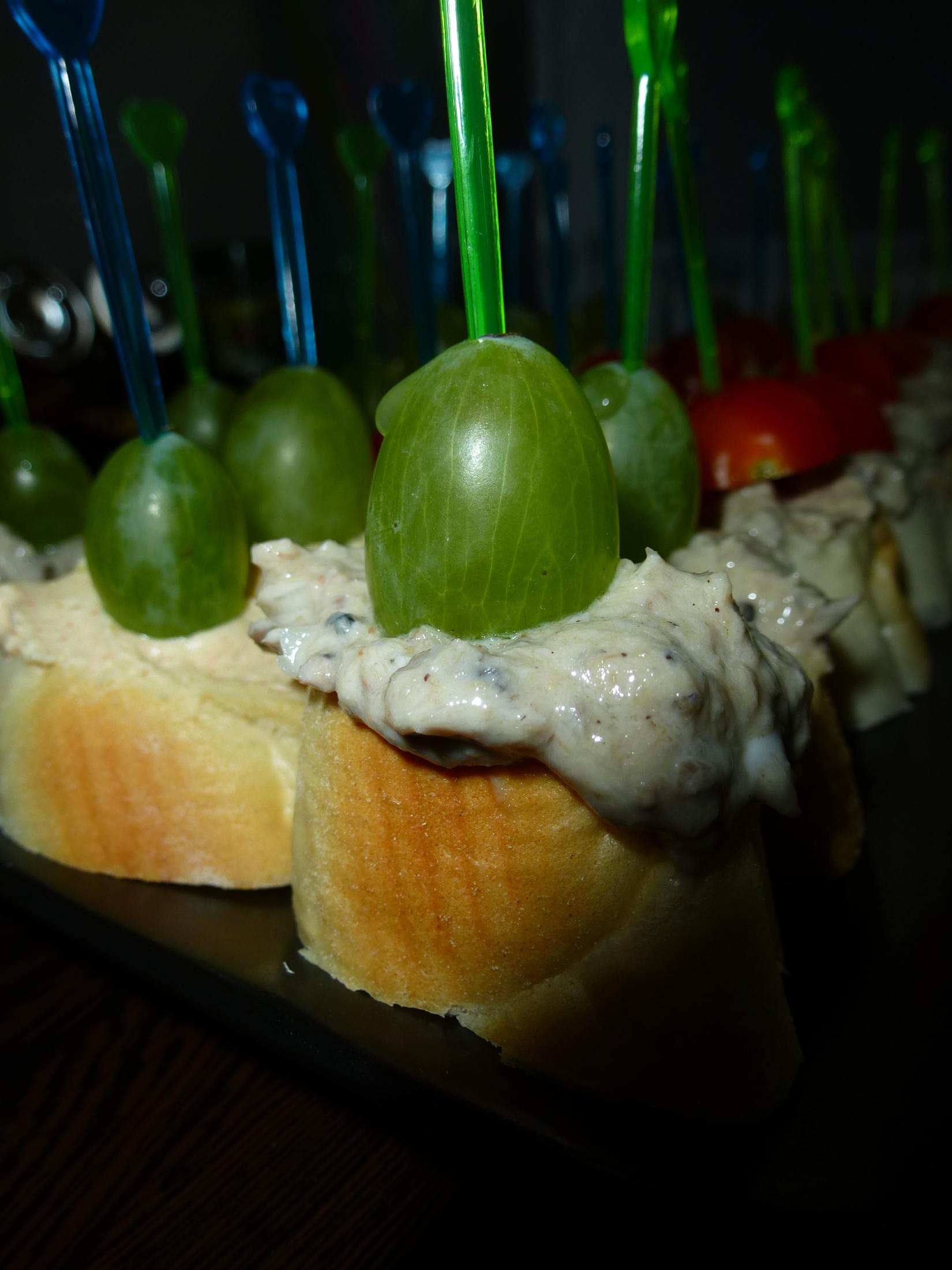 Recept Rybí pomazánka podle maminky - V kombinaci s hroznovým vínem vynikající!