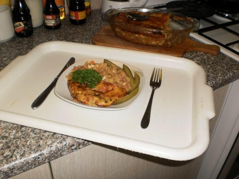 Recept Zapečené brambory se salámem - Zapečené brambory se salámem