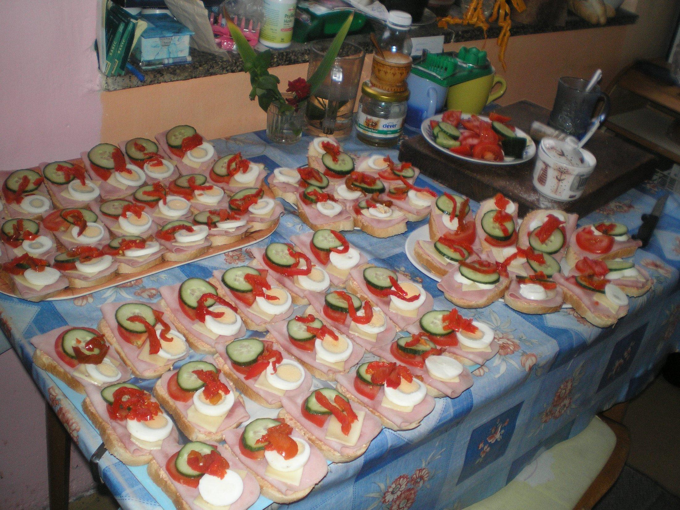 Salámová pomazánka na chlebíčky