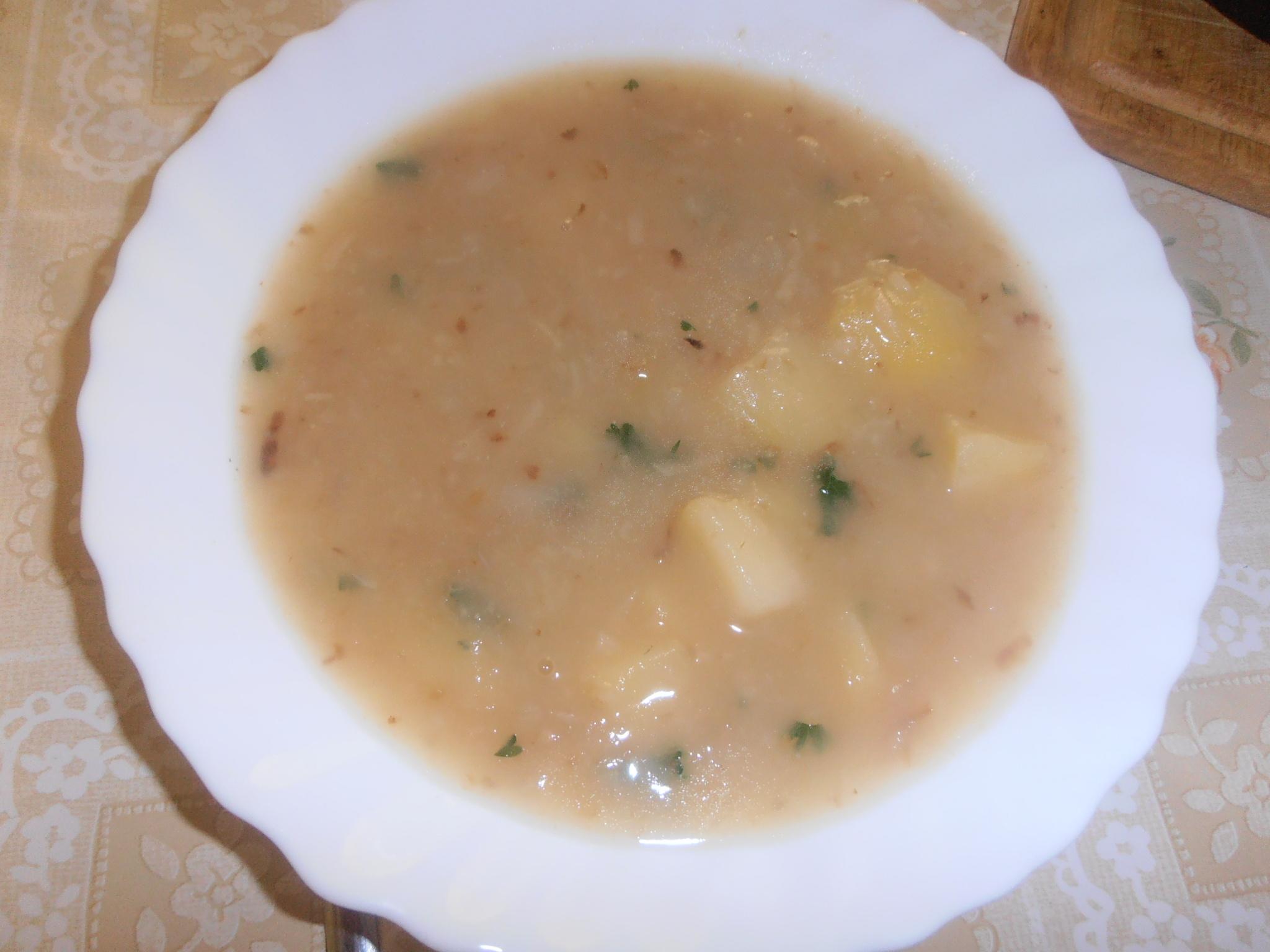 Celerová polévka s bramborem