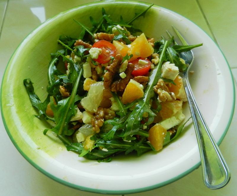 Medový salát s rukolou a pomerančem