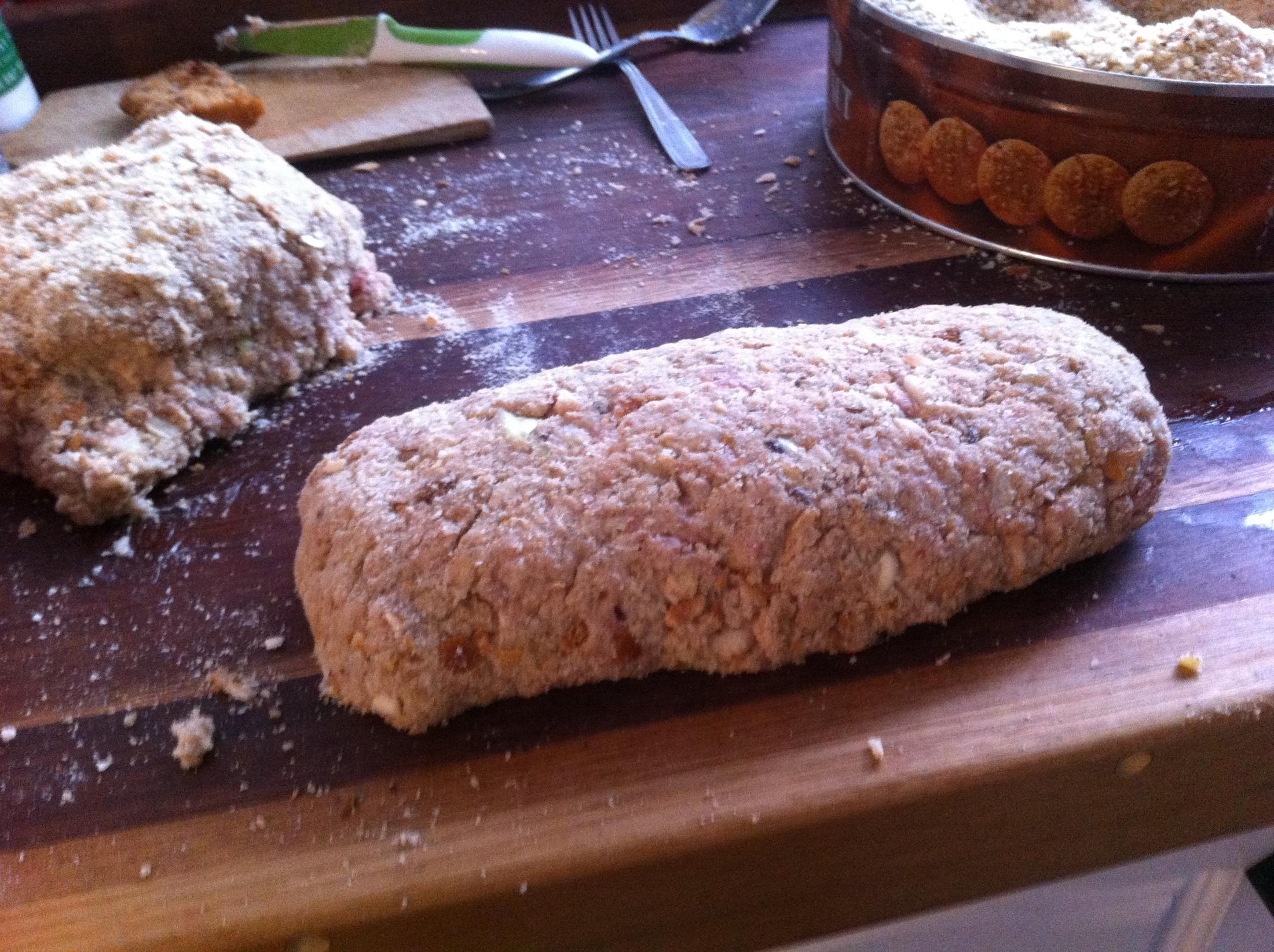 Recept Domácí sekaná - Vytvorim bochanky obalene z lehka ve strohance