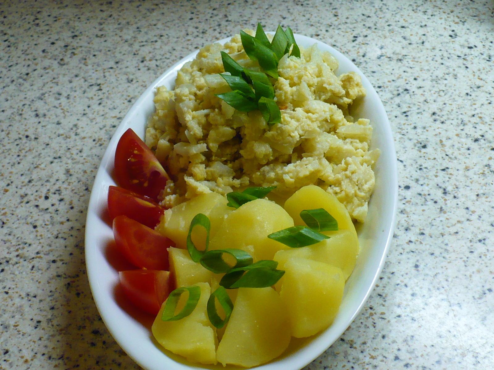 Fotografie receptu: Květákový mozeček s brambory 1