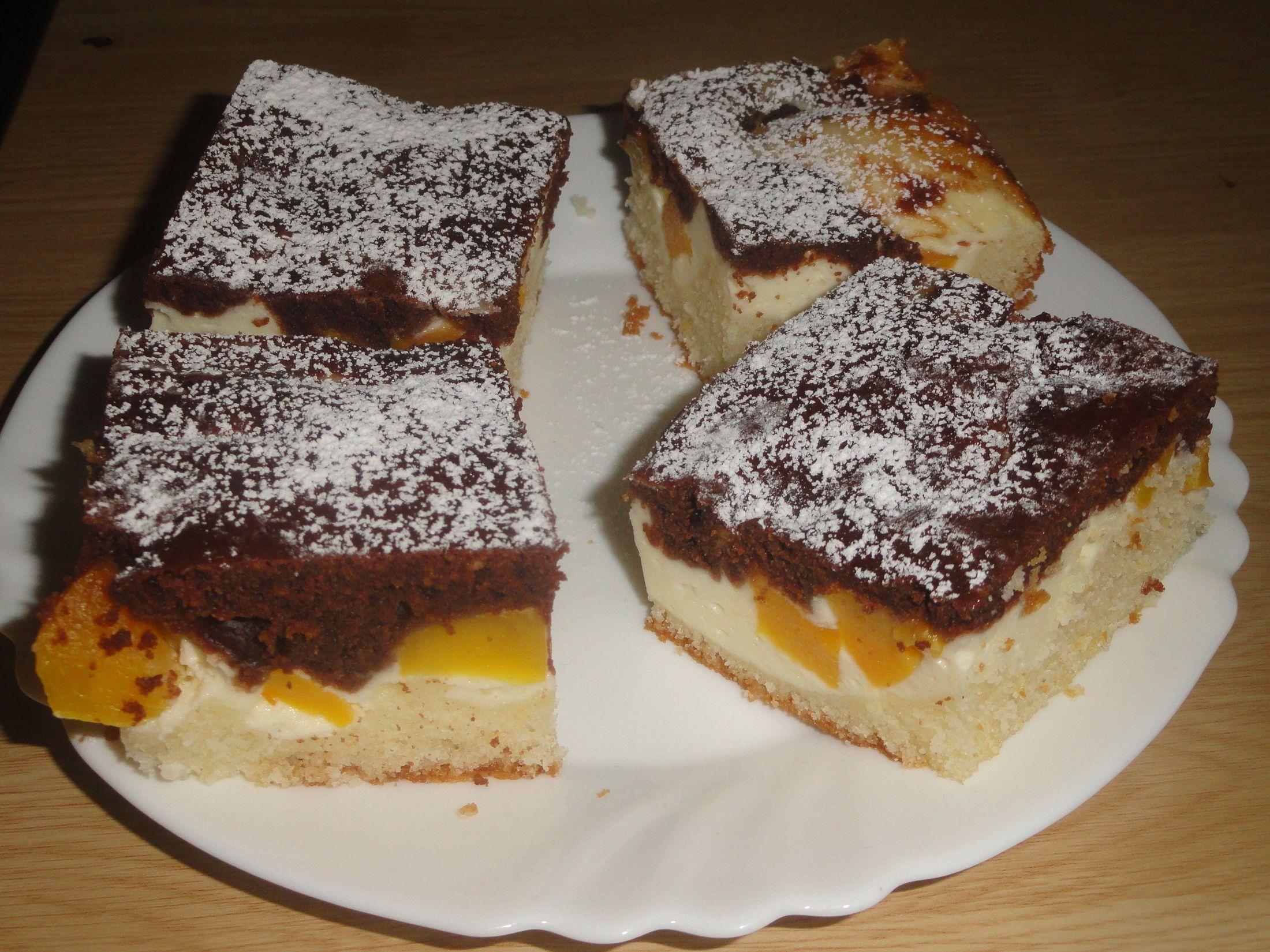 Fotografie receptu: Buchta s tvarohem a broskví