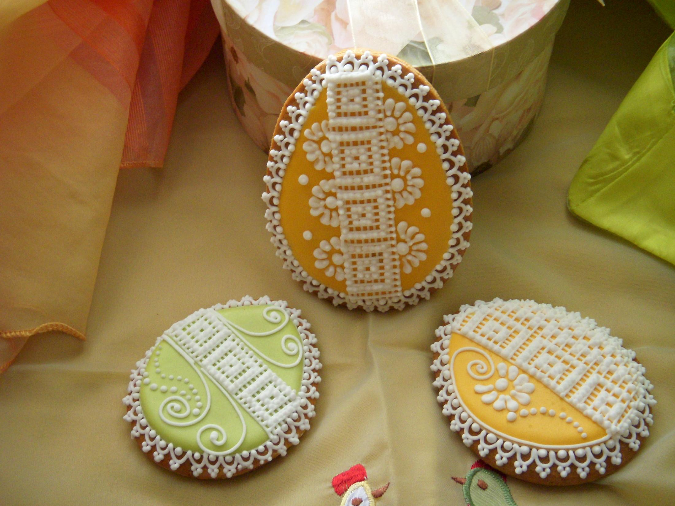 Recept Zdobené medové perníčky  - Velikonoční perníčky 2012