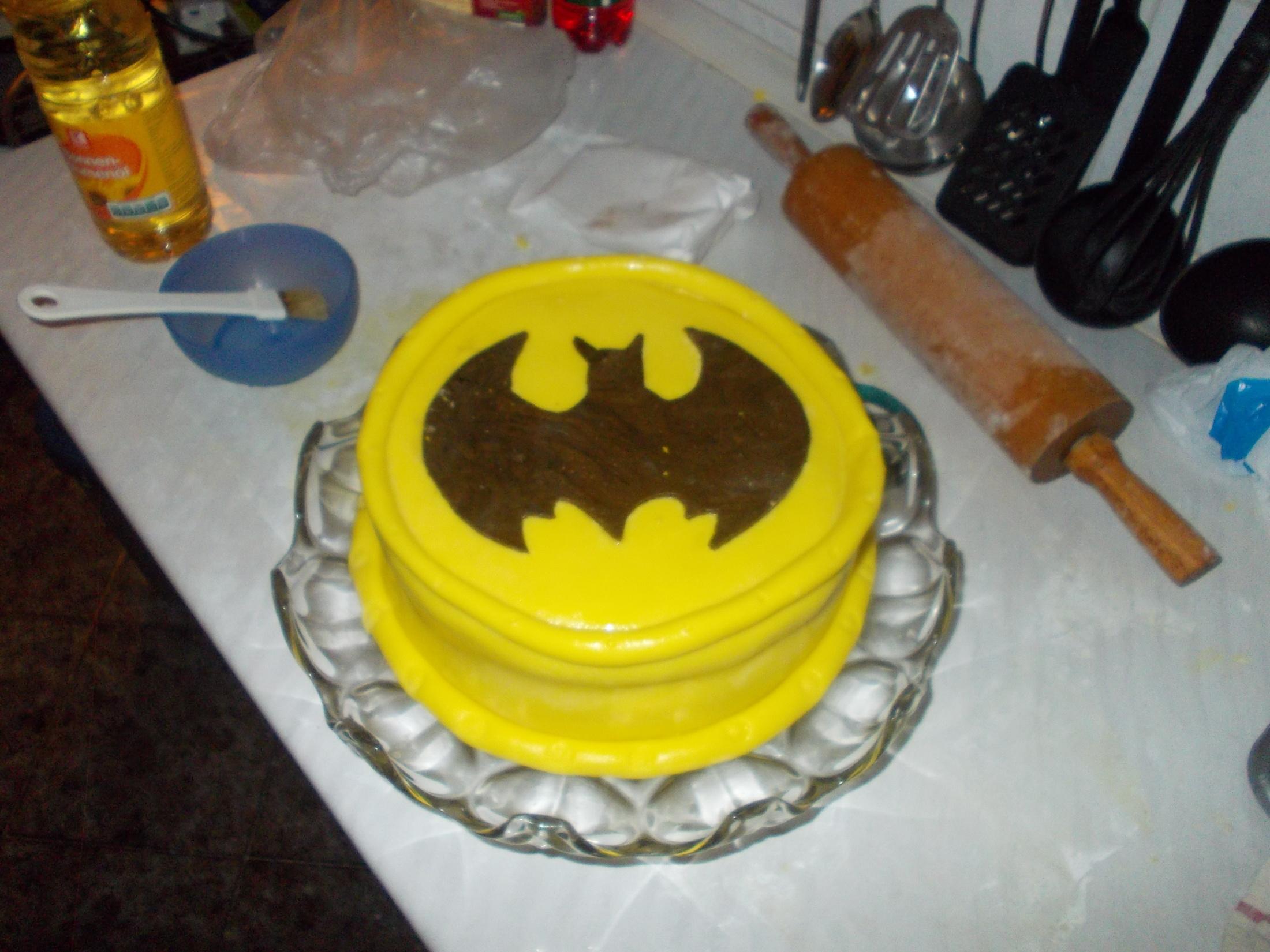 Recept Potahovací hmota na dorty - Já upekla a drahoušek udělal zbytek. (Batman)