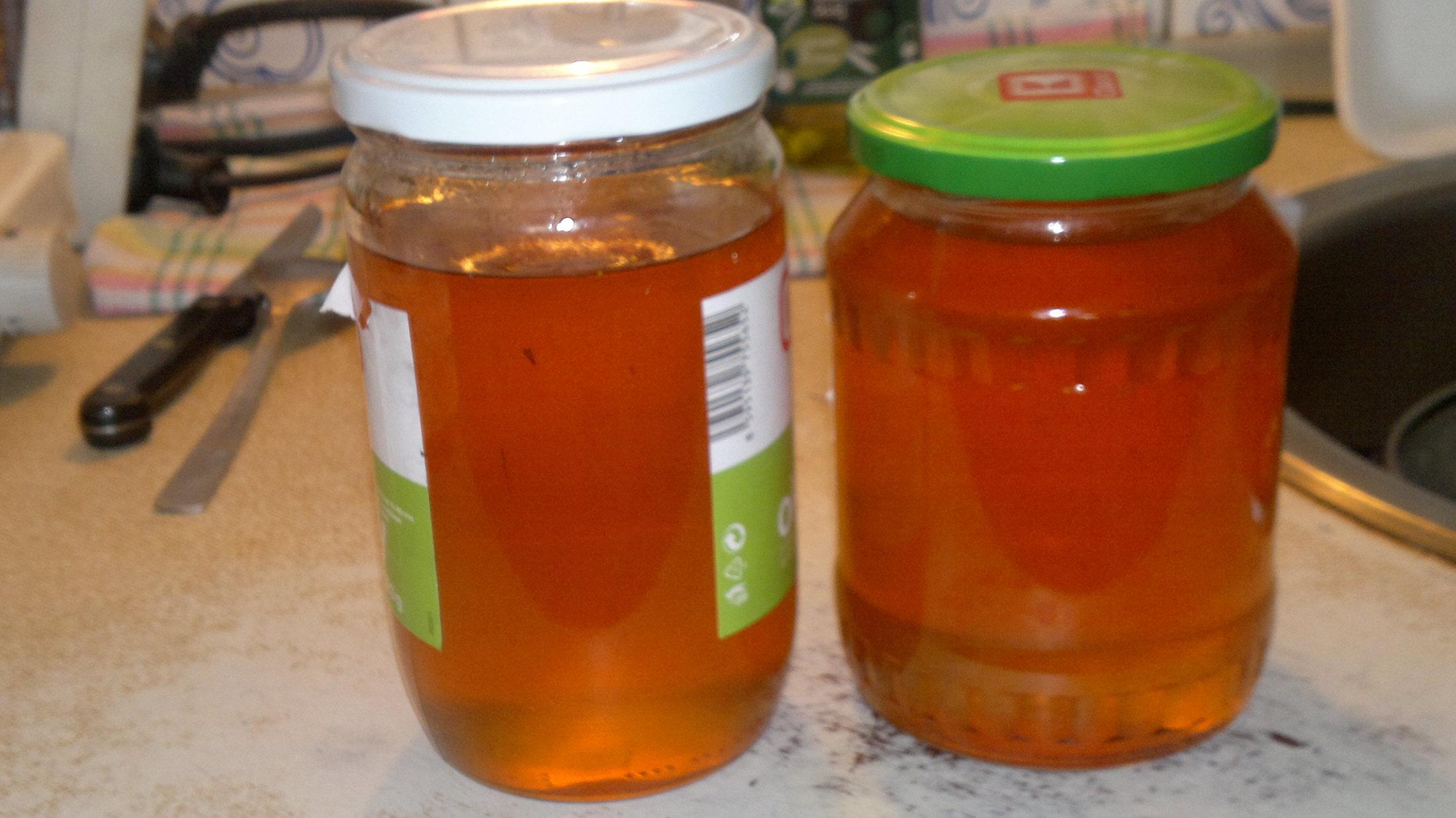 Recept Pampeliškový med - Prvovýrobek pampeliškového medu a skutečně se mi prý povedl....