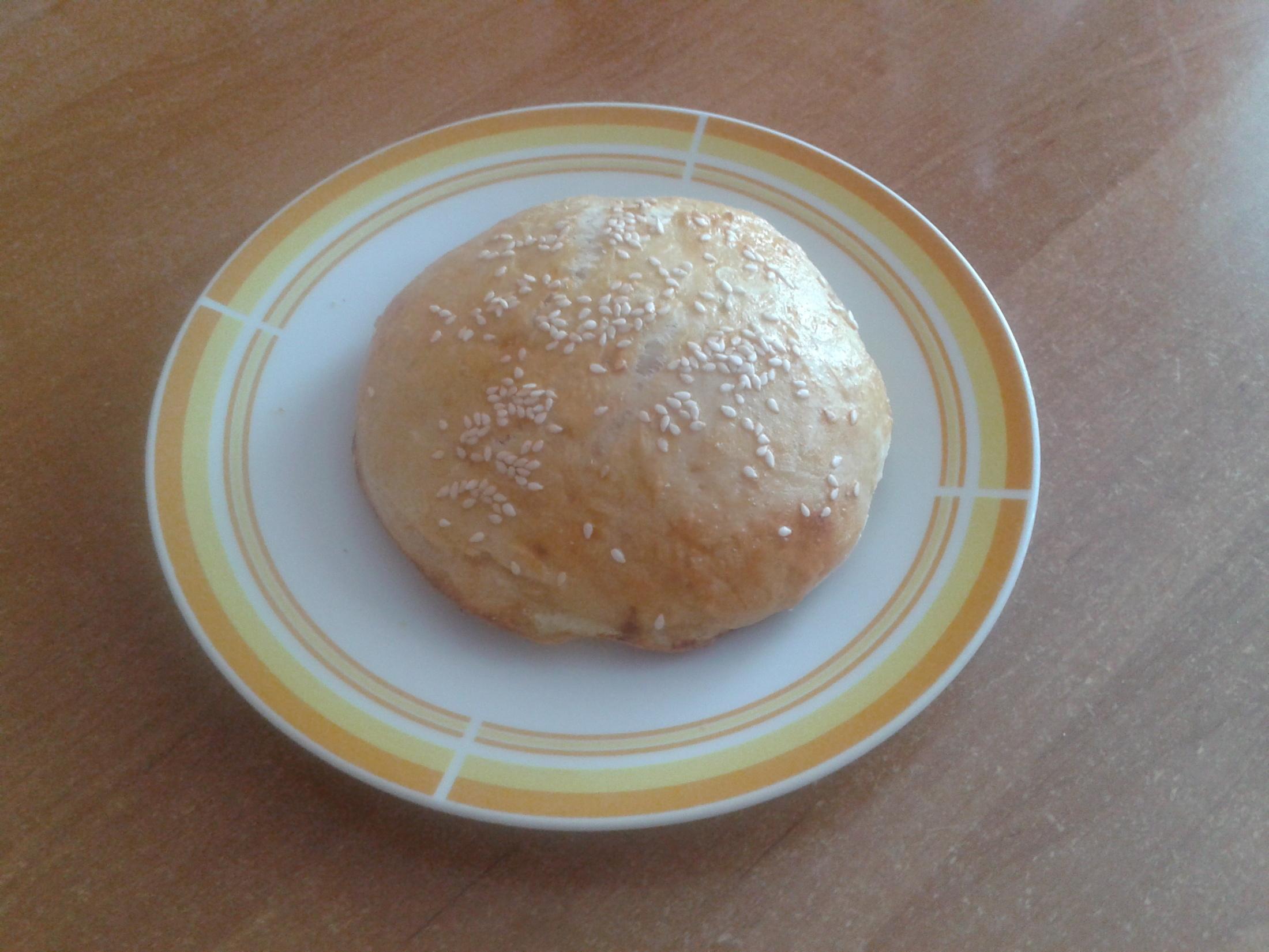 Recept Domácí housky na hamburgery - hotová houska