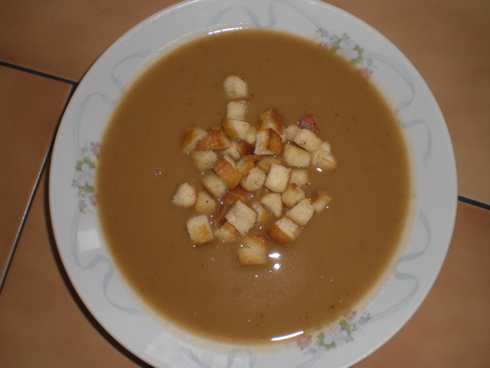 Fotografie receptu: Cibulová polévka