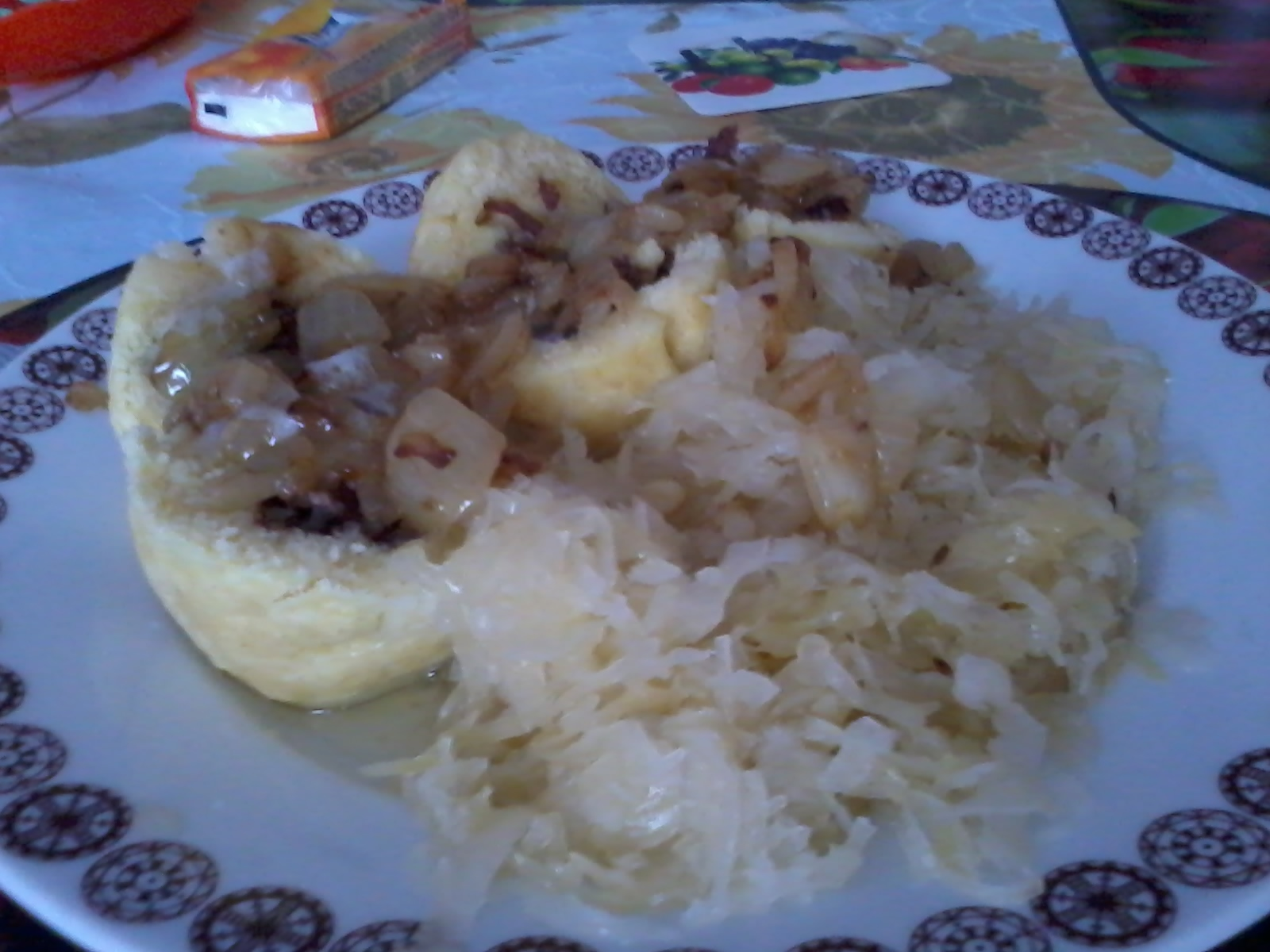 Plněné bramborové knedlíky s uzenou krkovicí