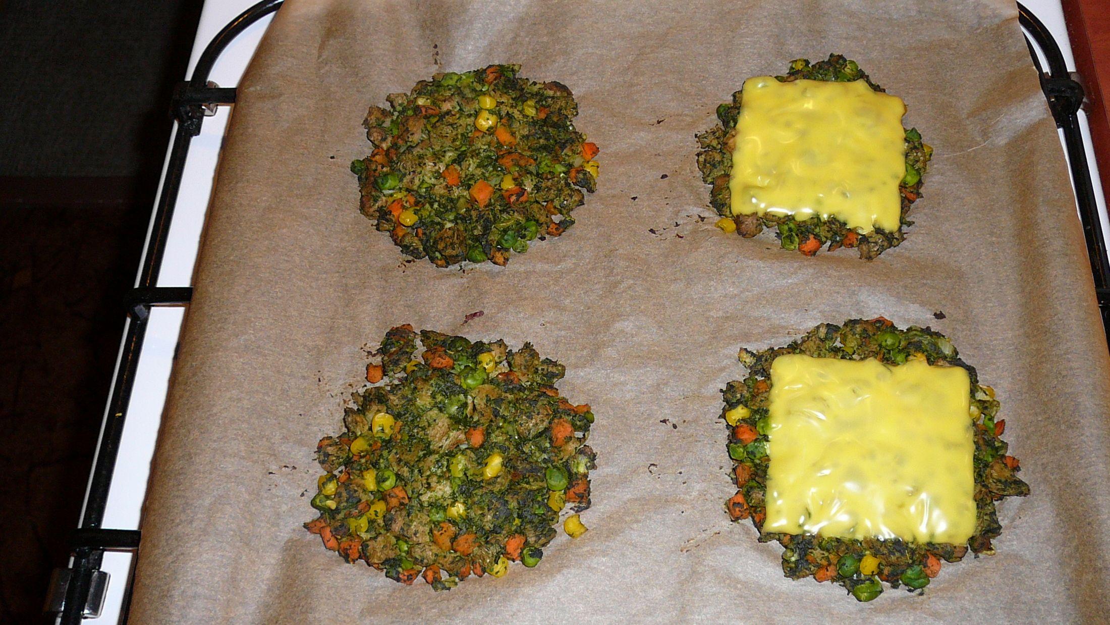 Fotografie receptu: Zeleninové placky se špenátem a sójovým masem