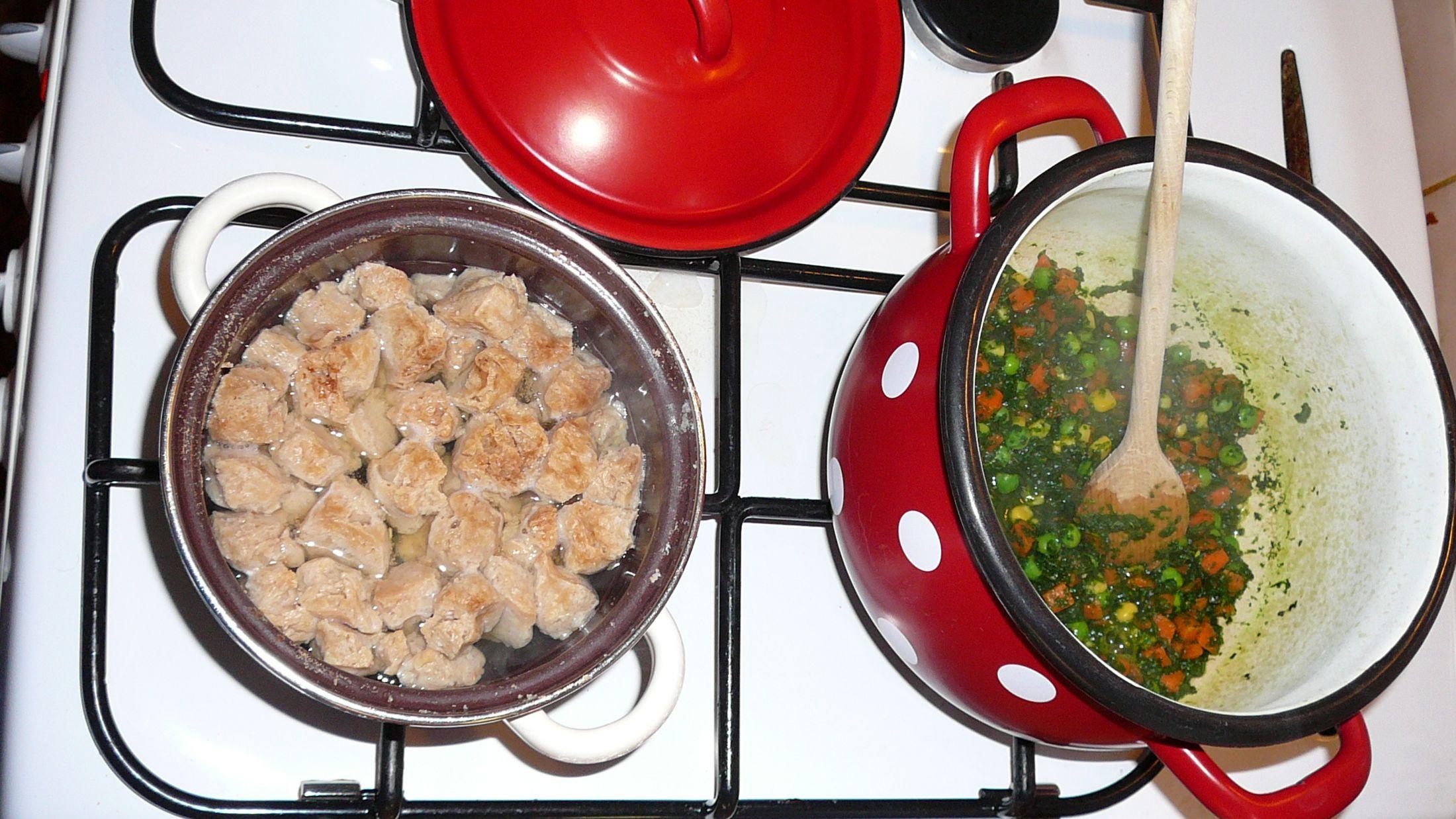 Recept Zeleninové placky se špenátem a sójovým masem - vaření surovin