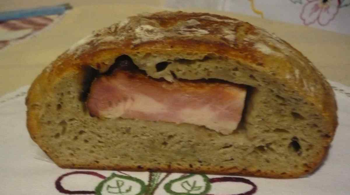 Recept Chléb plecovník - Chléb plecovník po rozkrojení