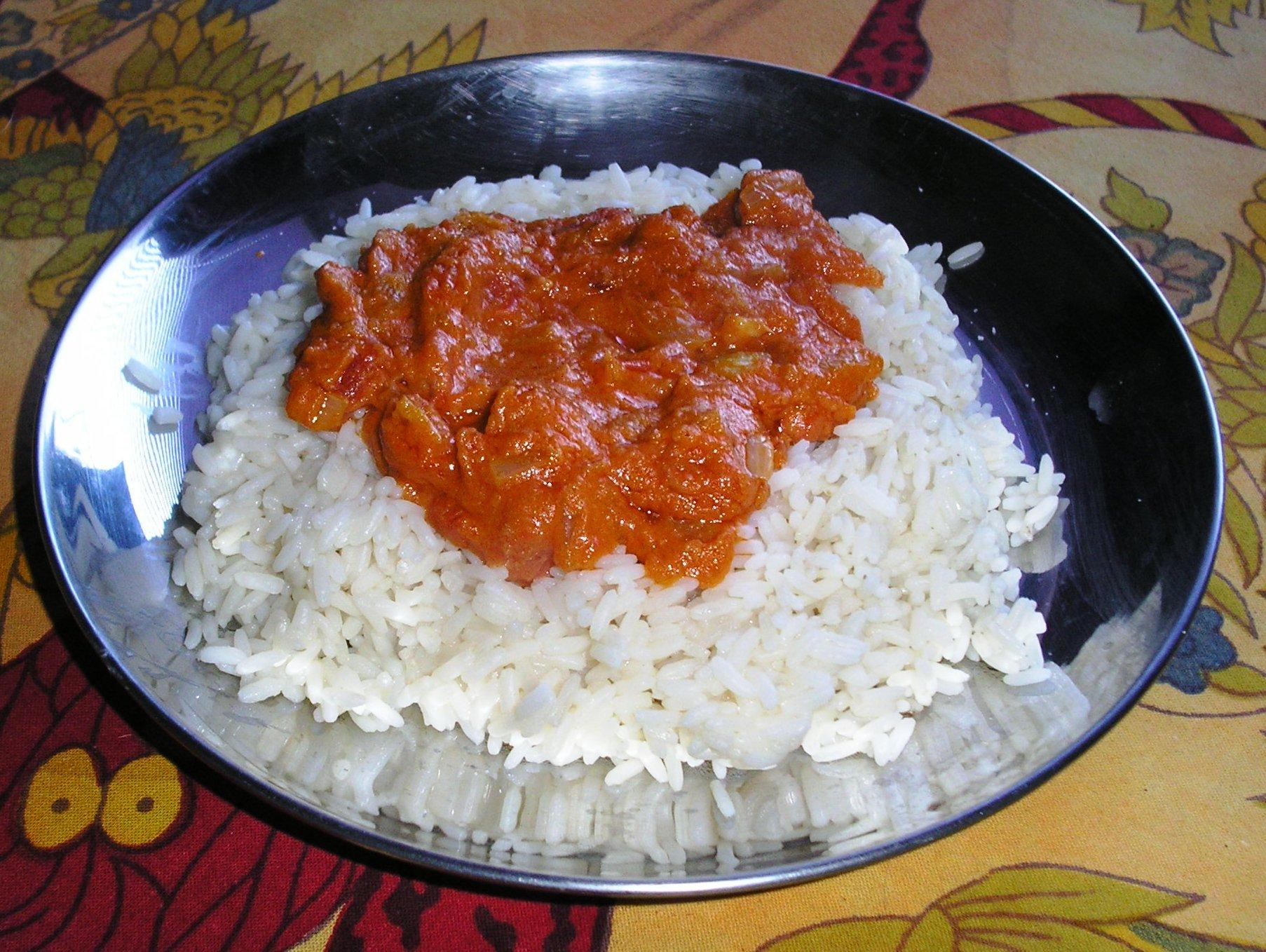 Fotografie receptu: Chuťovka z rajčat a arašídů