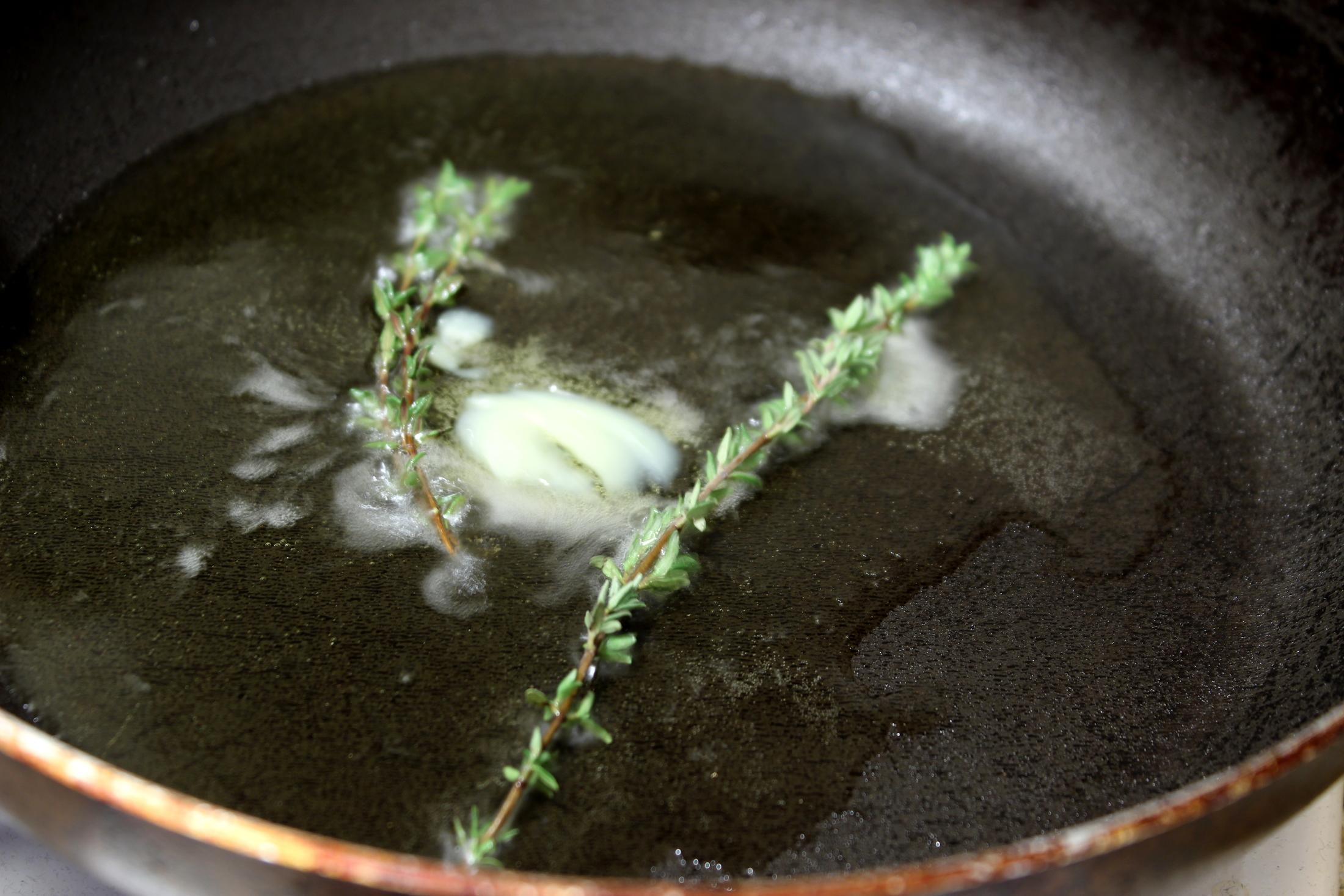 Recept Losos na másle - Přepuštěné máslo a tymián.