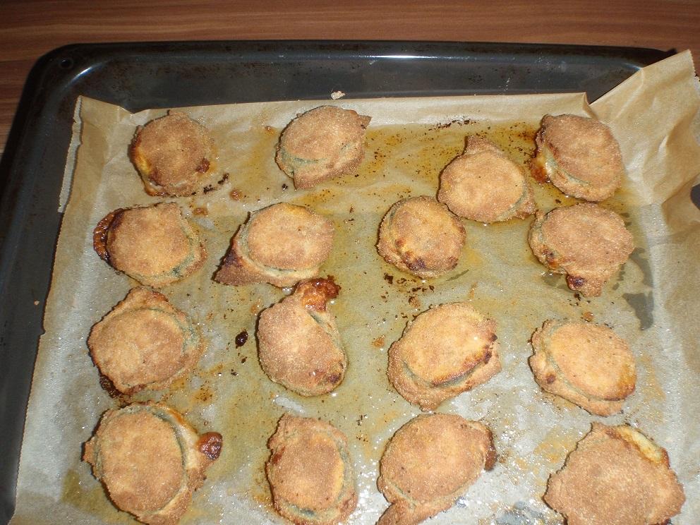 Recept Zapečená plněná cuketa v trojobalu - Zapečená plněná cuketa v trojobalu - upečené