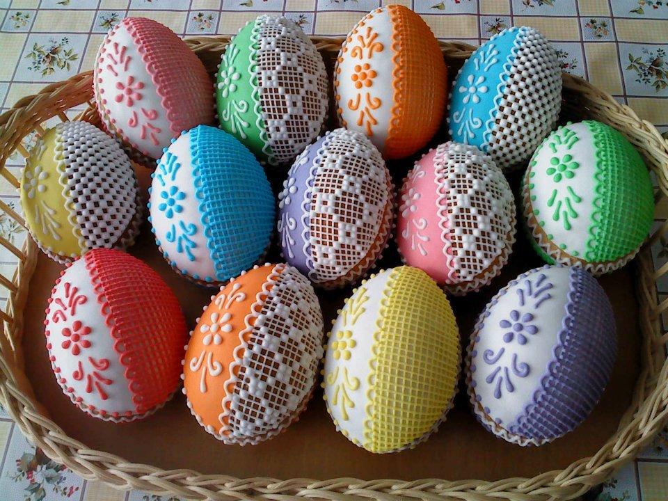 Fotografie receptu: Perníková vajíčka s překvapením