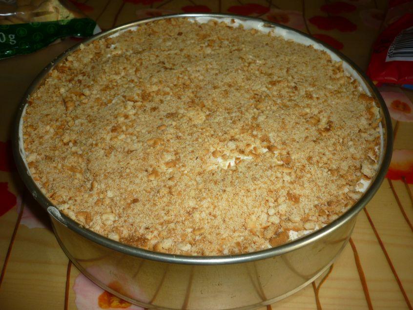 Recept Smetanový dezert s máslovými sušenkami - Posypeme na závěr.
