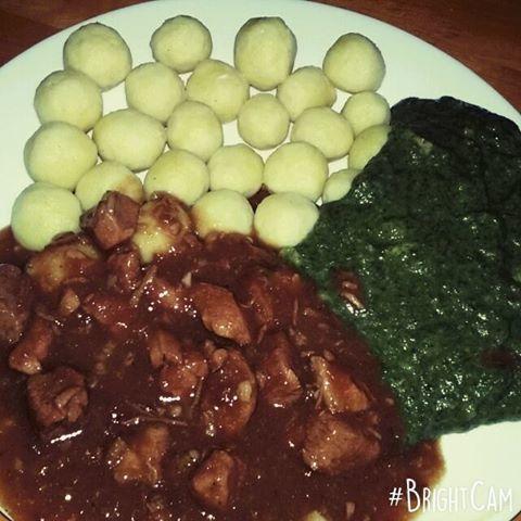 Fotografie receptu: Vepřové kostky s česnekem
