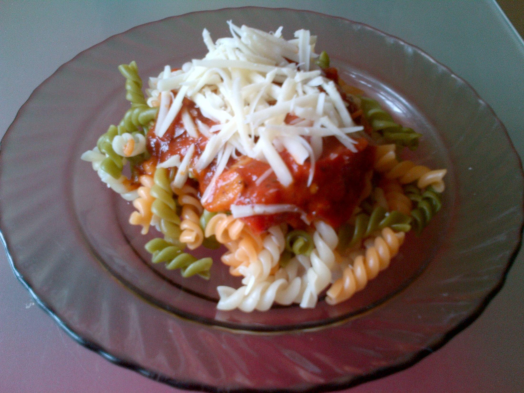Rajčatová omáčka s těstovinami