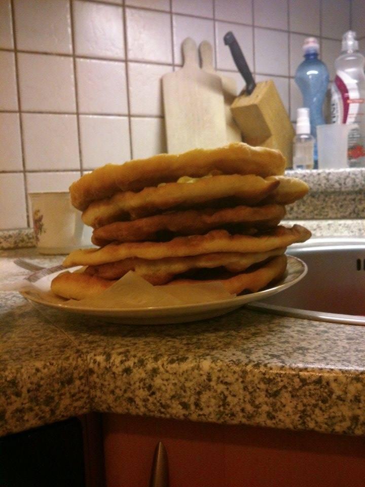 Recept Stánkové langoše - Langoše
