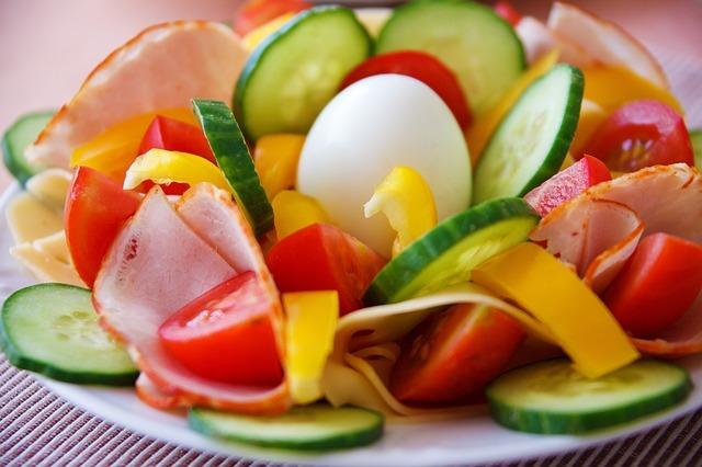 Fotografie receptu: Obložený talíř s vejcem