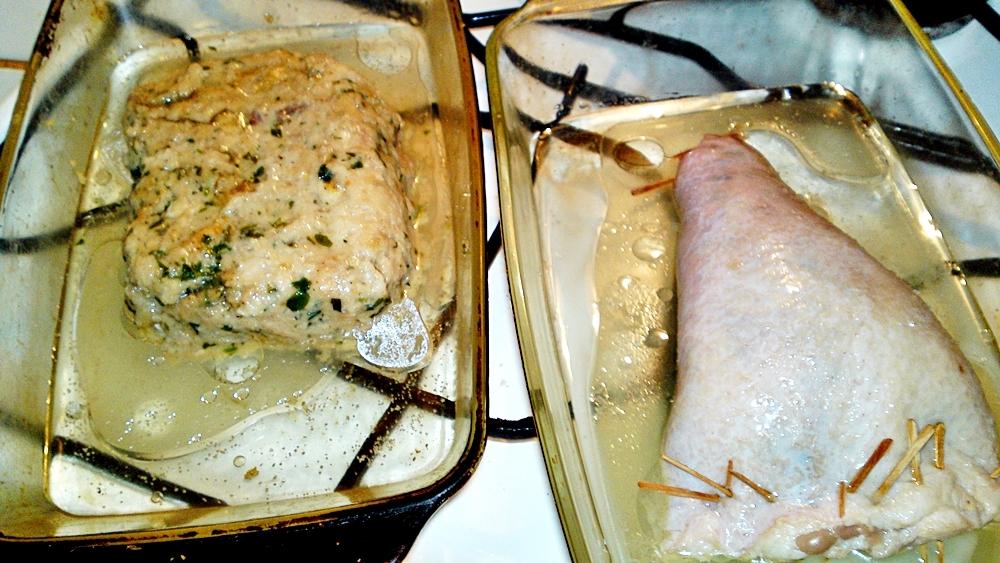Recept Pečený kačací krk plnený plnkou z kačacej pečene - Přelijeme kachním sádlem.