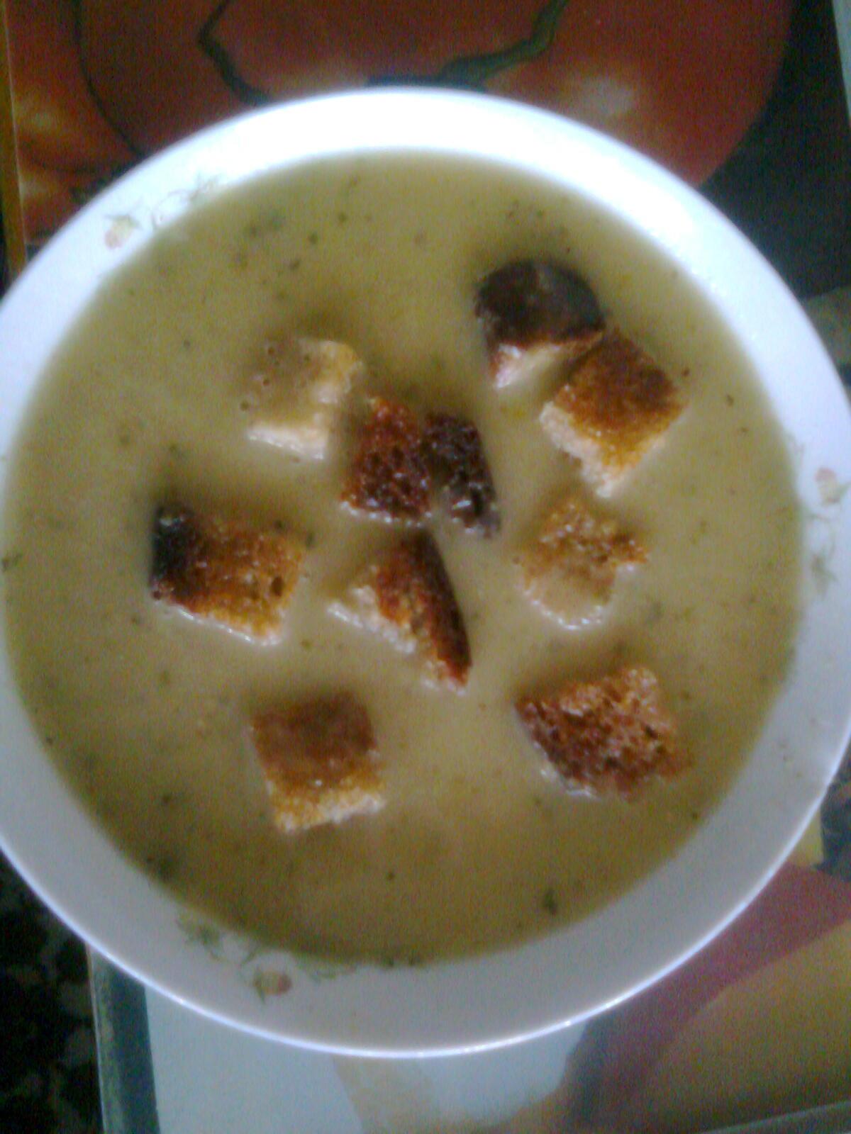 Recept Hrachová polévka - Hrachová polévka