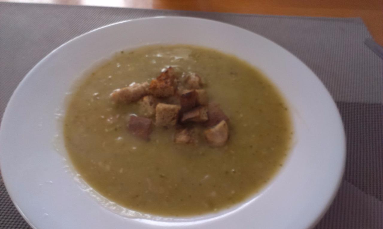 Recept Hrachová polévka - Moje hrachovka