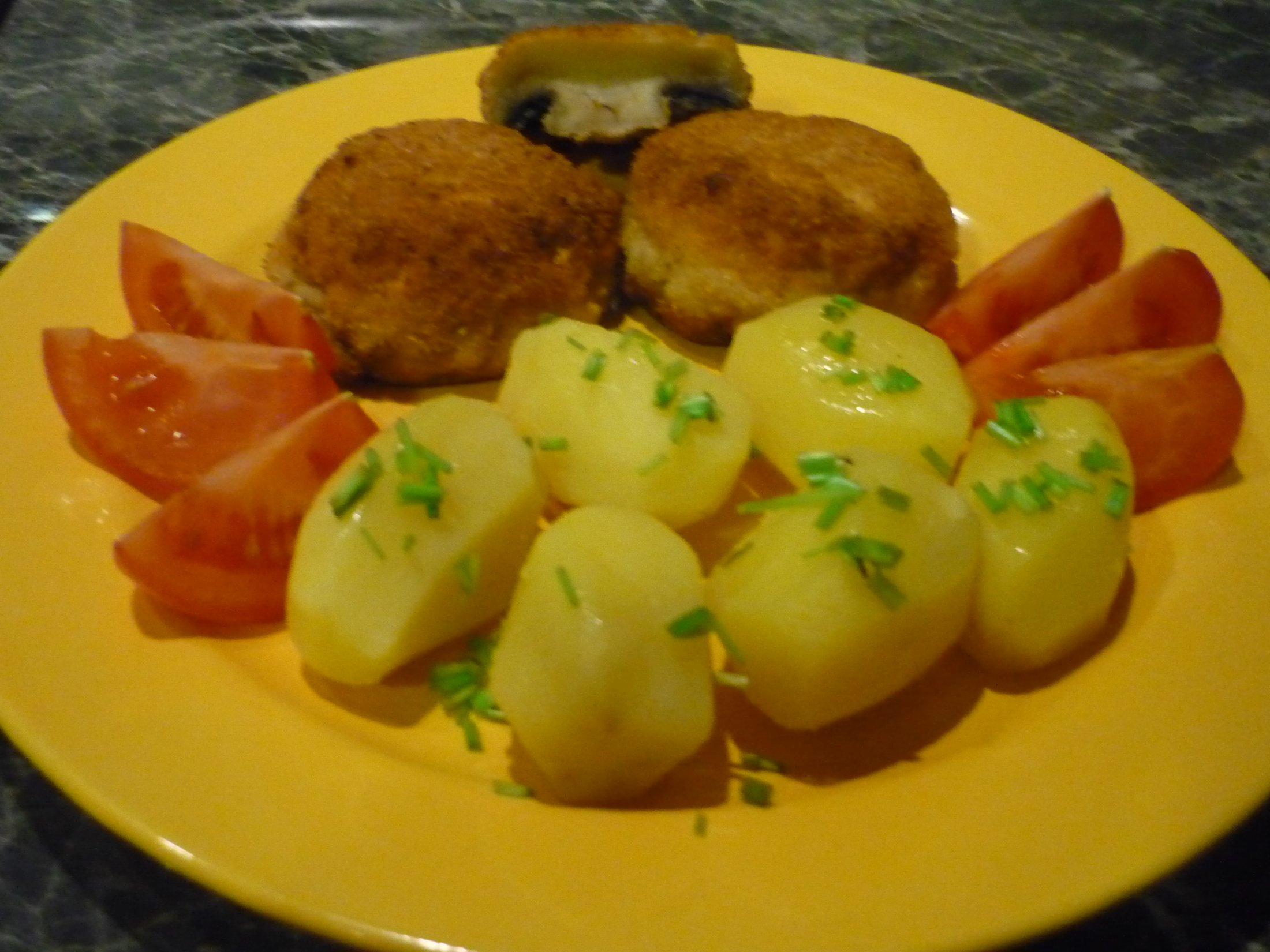 Recept Smažené žampiony - Moje žampiony s bramborem a pažitkou.