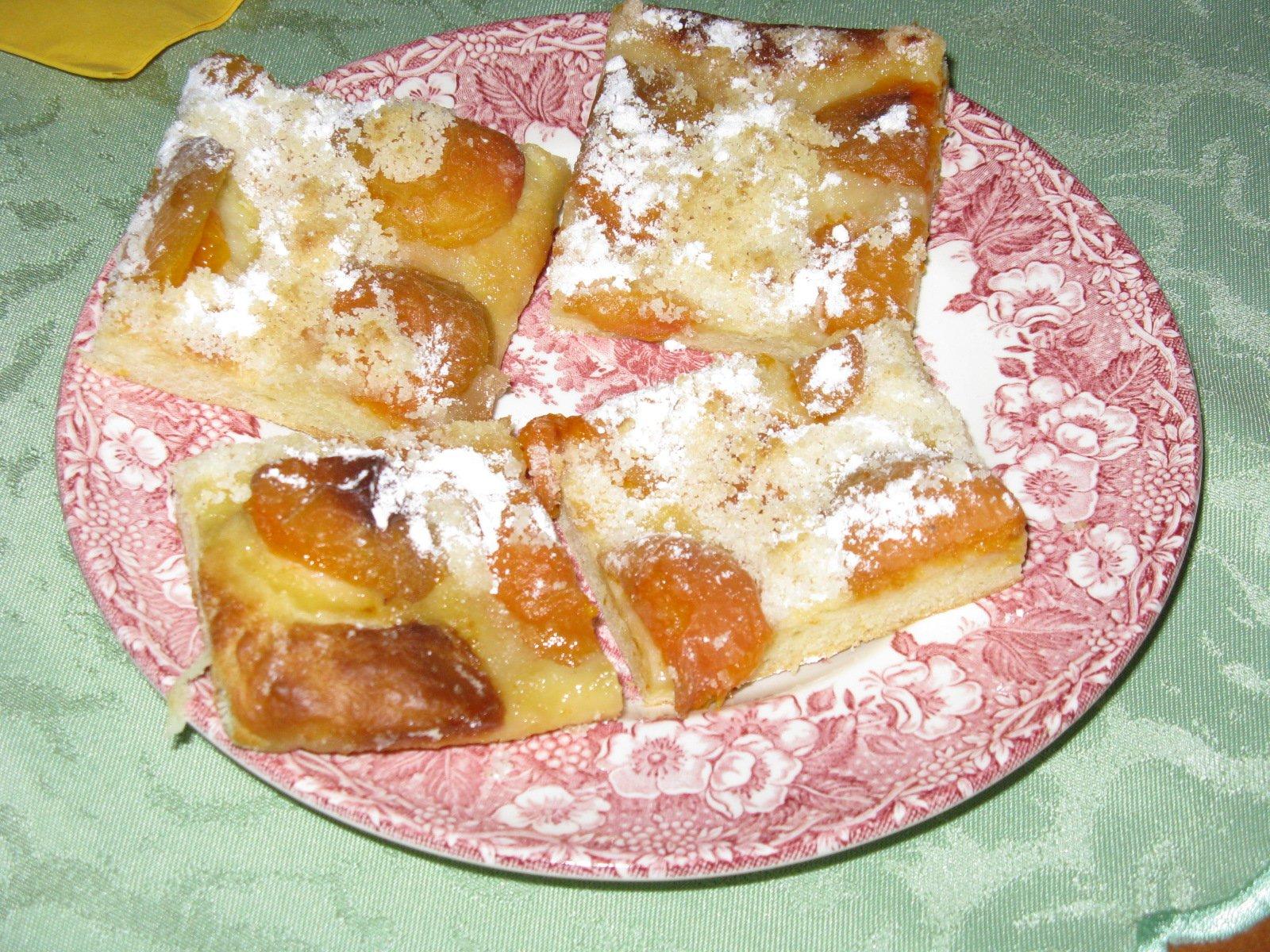 Recept Snadný meruňkový koláč - Snadný meruňkový koláč