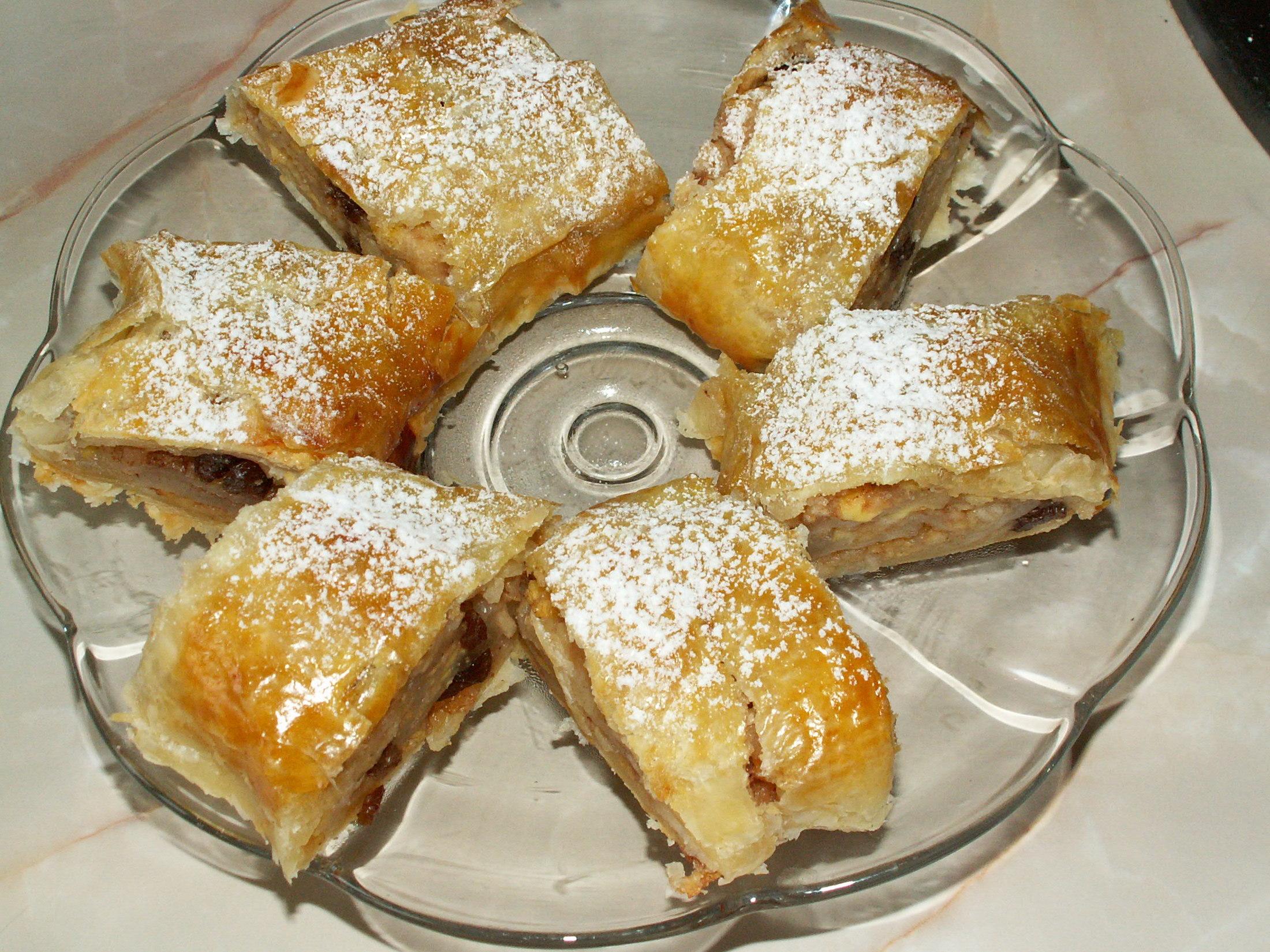 Recept Listový jablkový závin - Jen se zakousnout.
