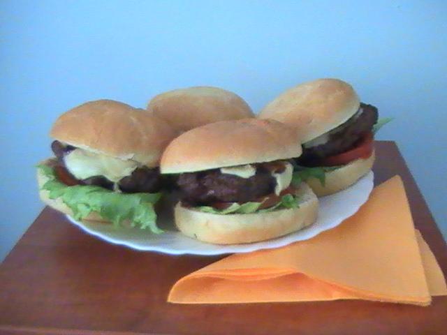 Fotografie receptu: Hamburger po americku aneb žádný karbanátek