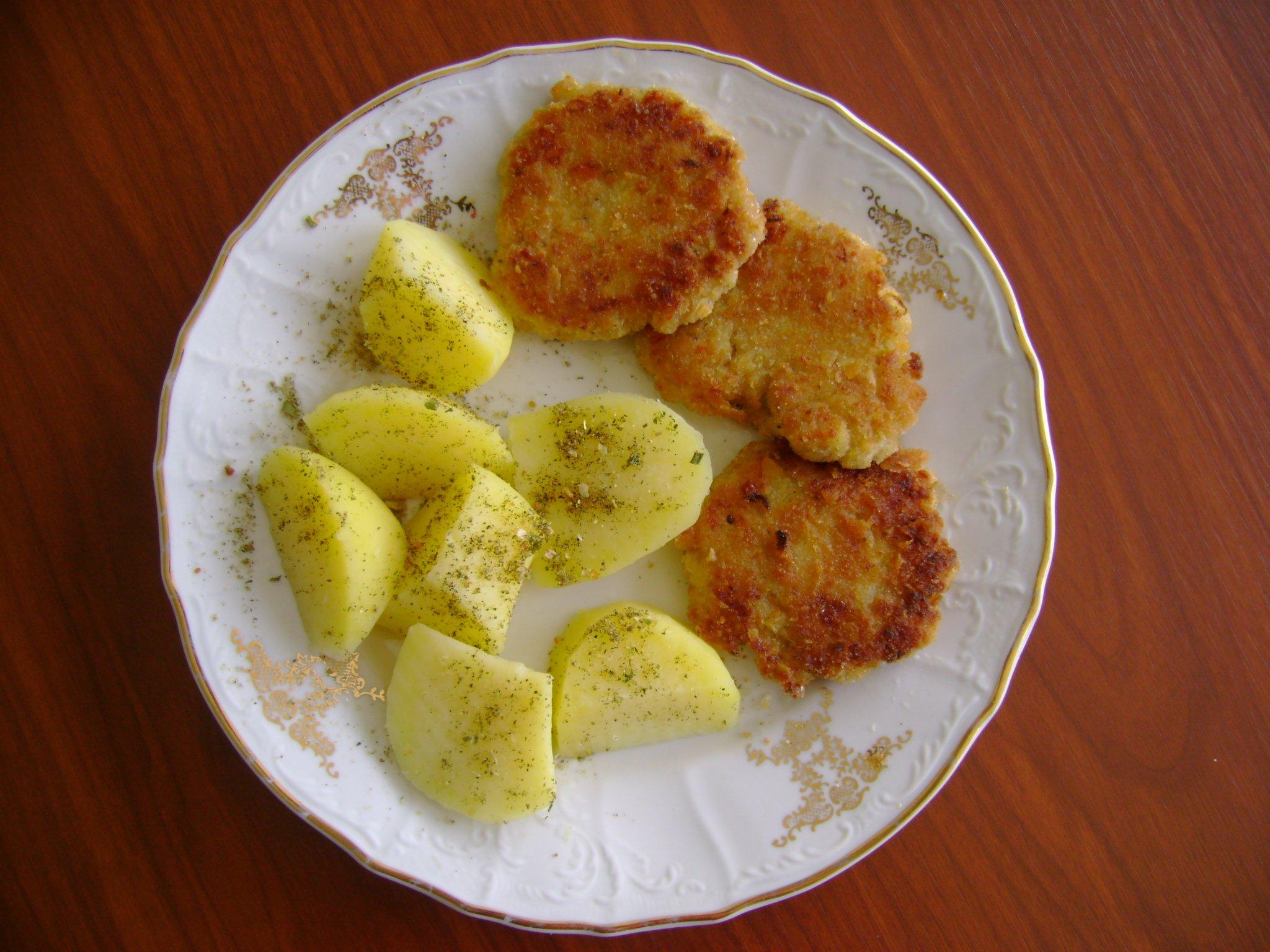 Sýrové cuketové karbanátky