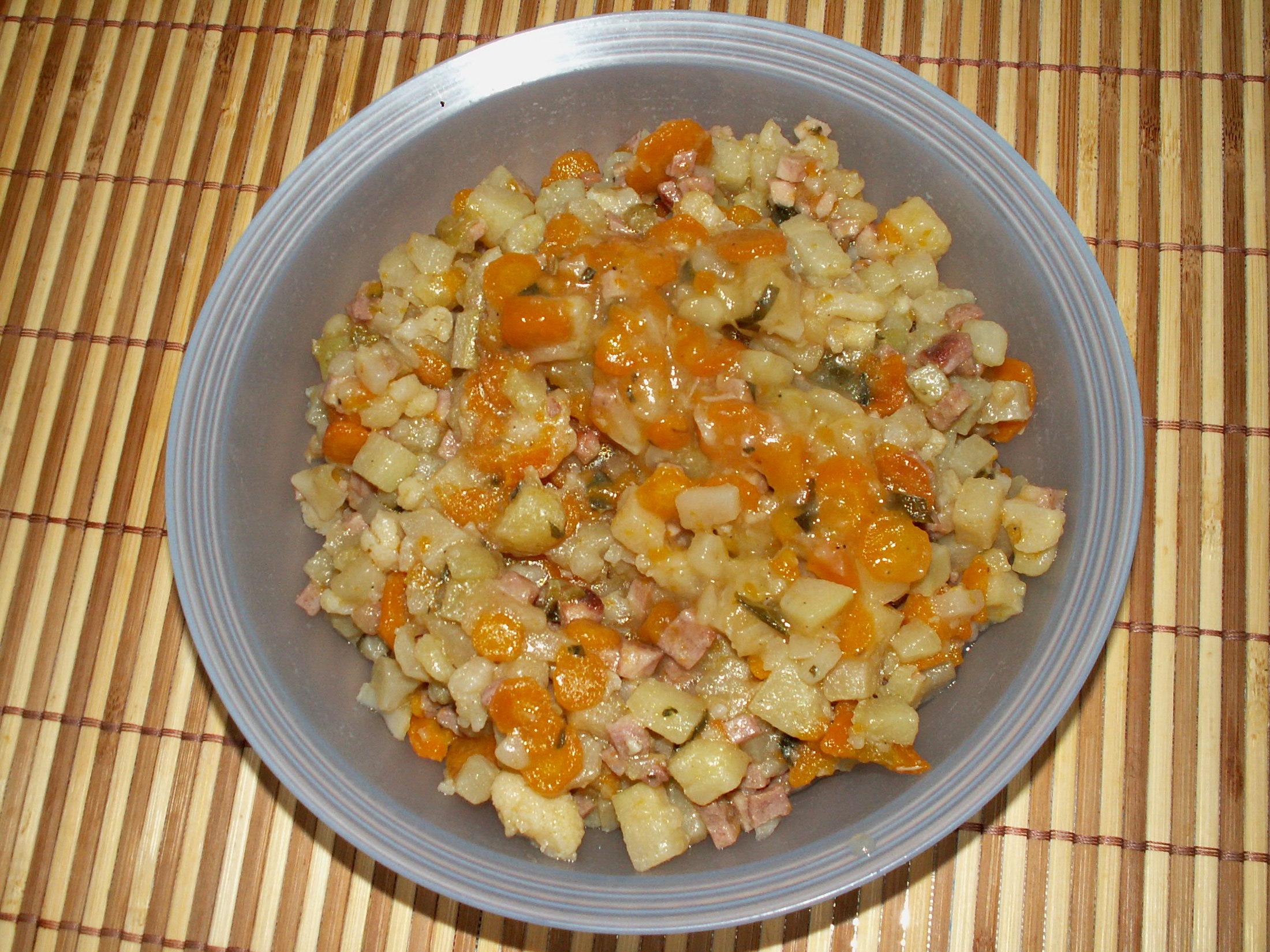 Recept Dušená zelenina - Dušená zelenina naservírovaná.