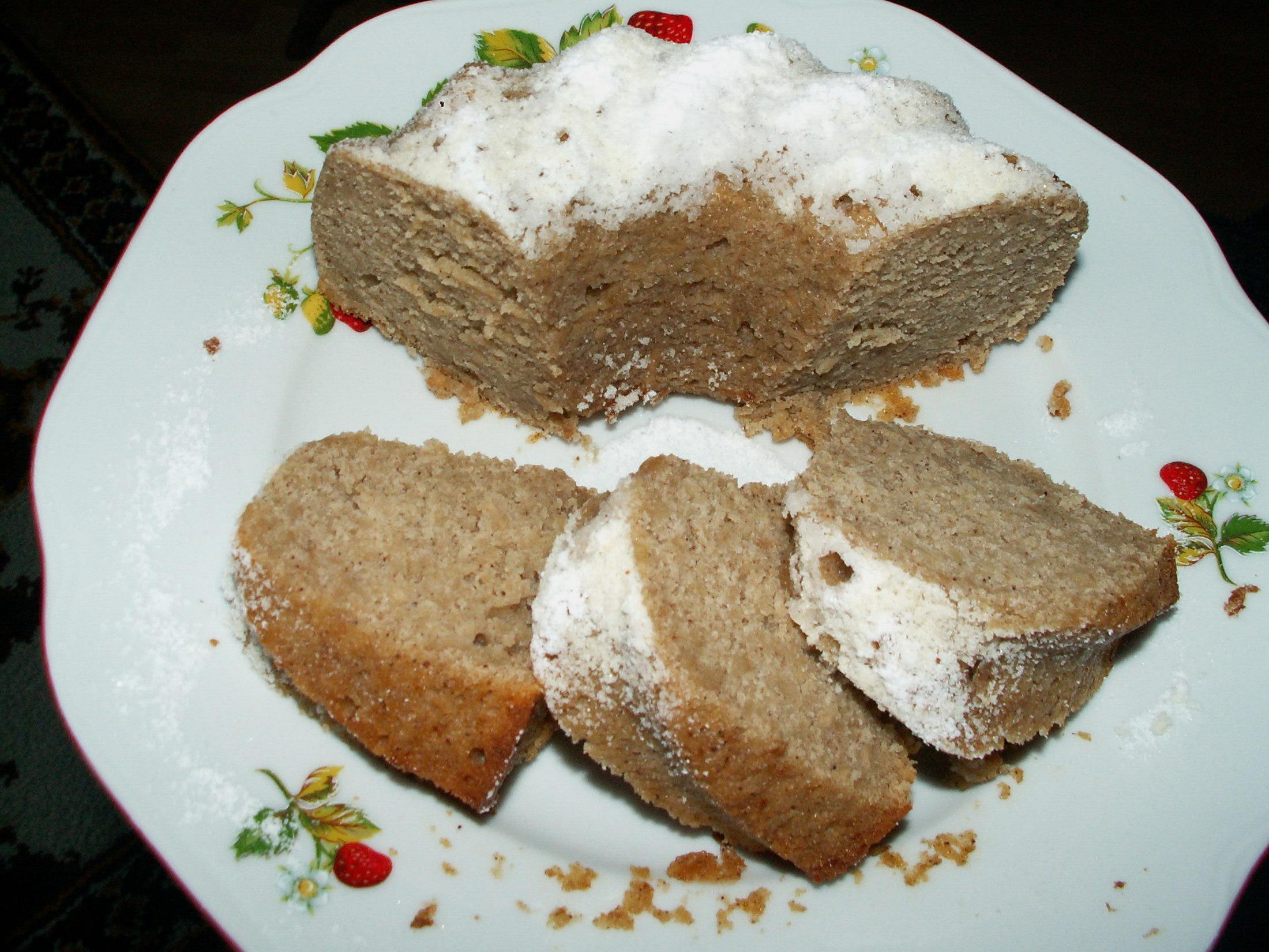 Recept Jablečná bábovka - Nakrájená bábovka.