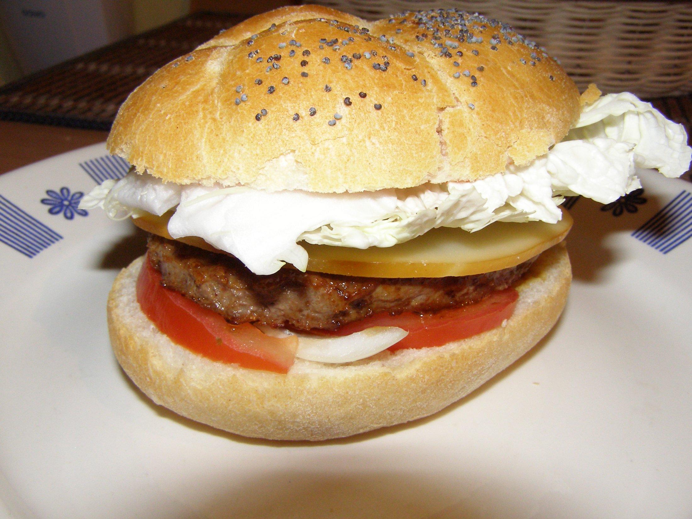 Recept Domácí hamburgery - Je to skvělá svačinka.