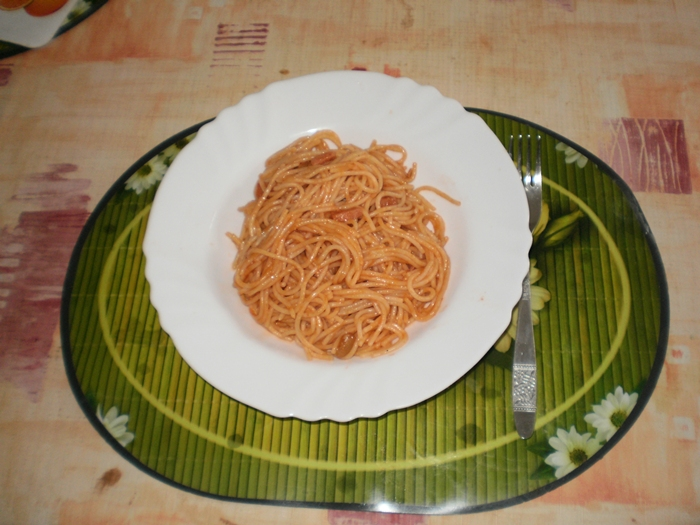 Špagety s rajskou omáčkou