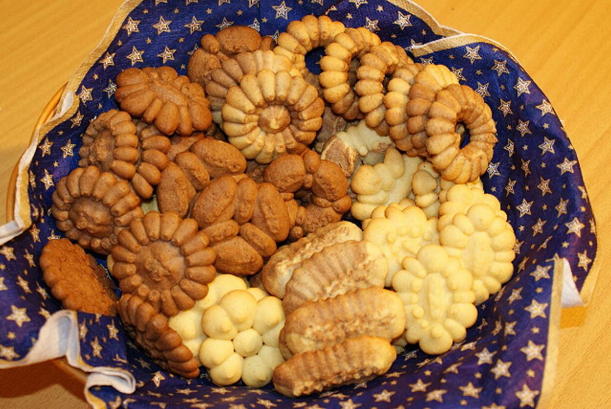 Recept Vanilkové sušenky z lisu na těsto - Sušenky z blízka