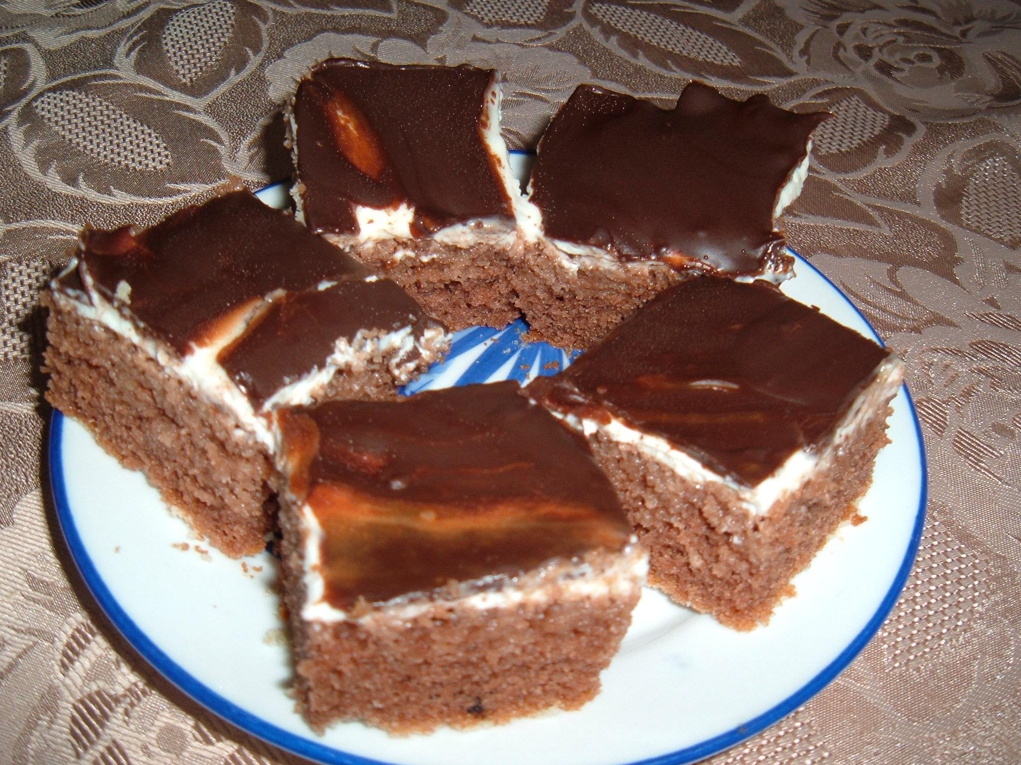 Recept Tvarohové řezy Míša - Velmi osvědčené tvarohové řezy.