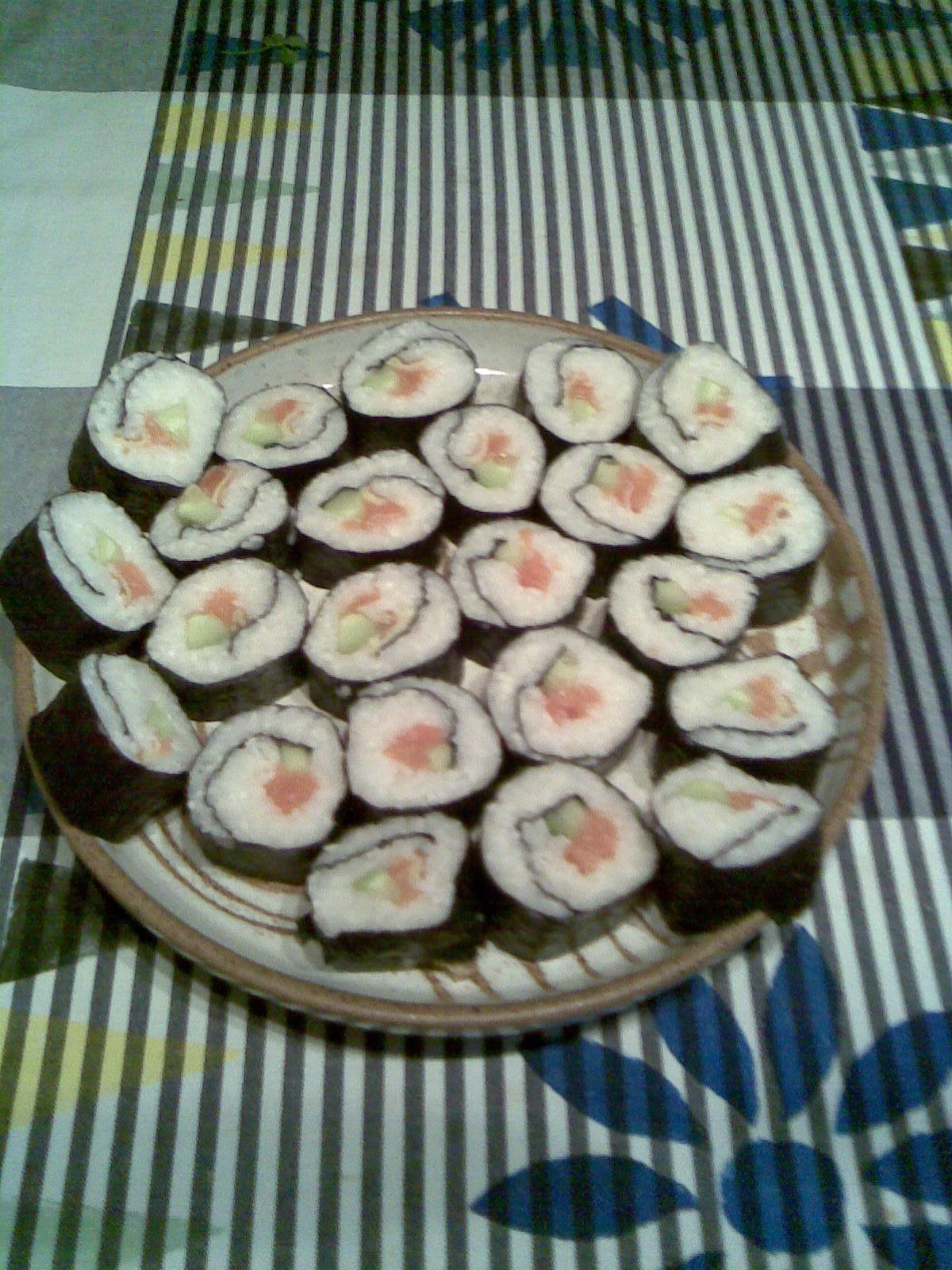 Recept Suši - Suši rolky s lososem.