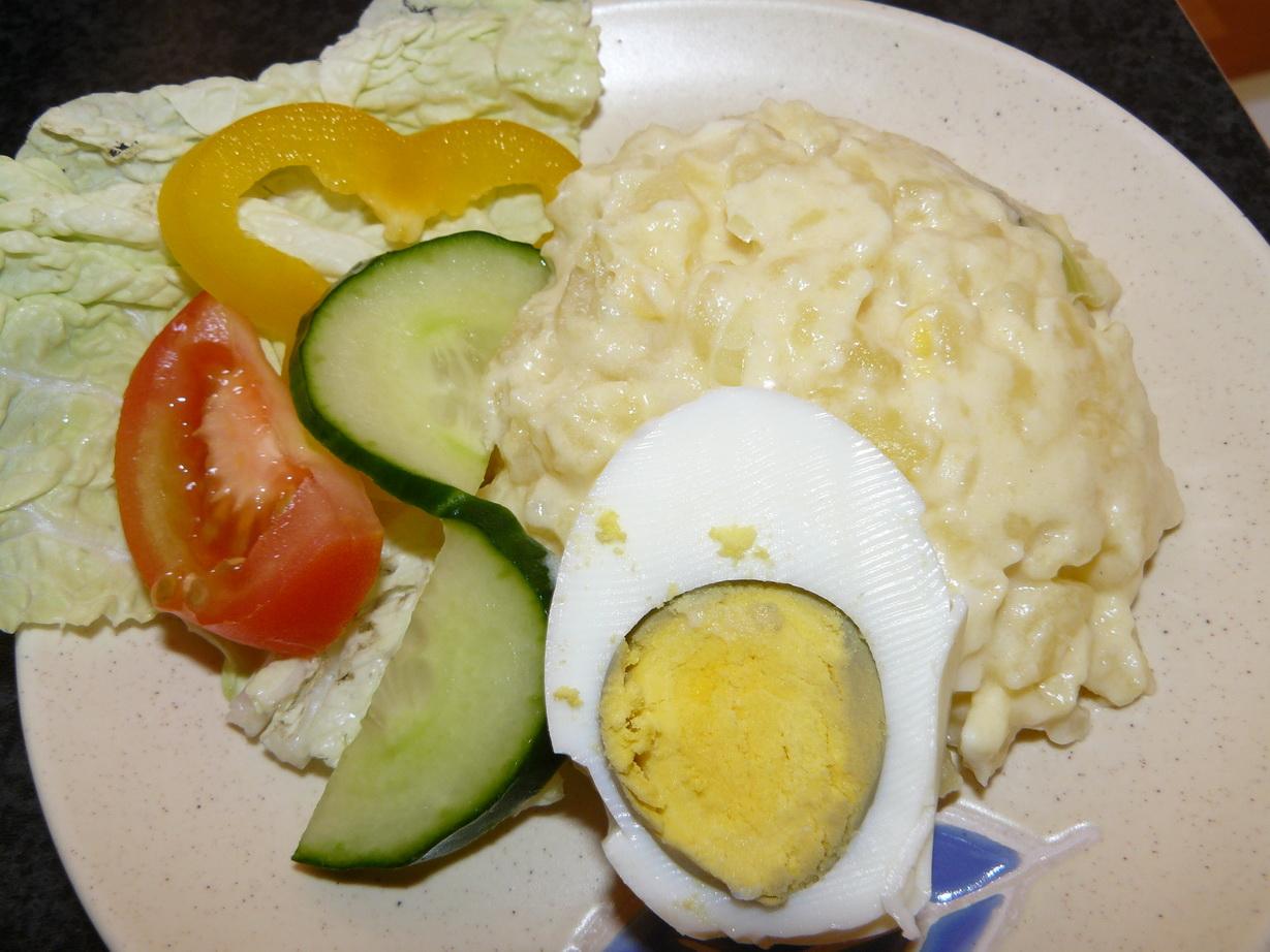 Ruská vejce na talíři