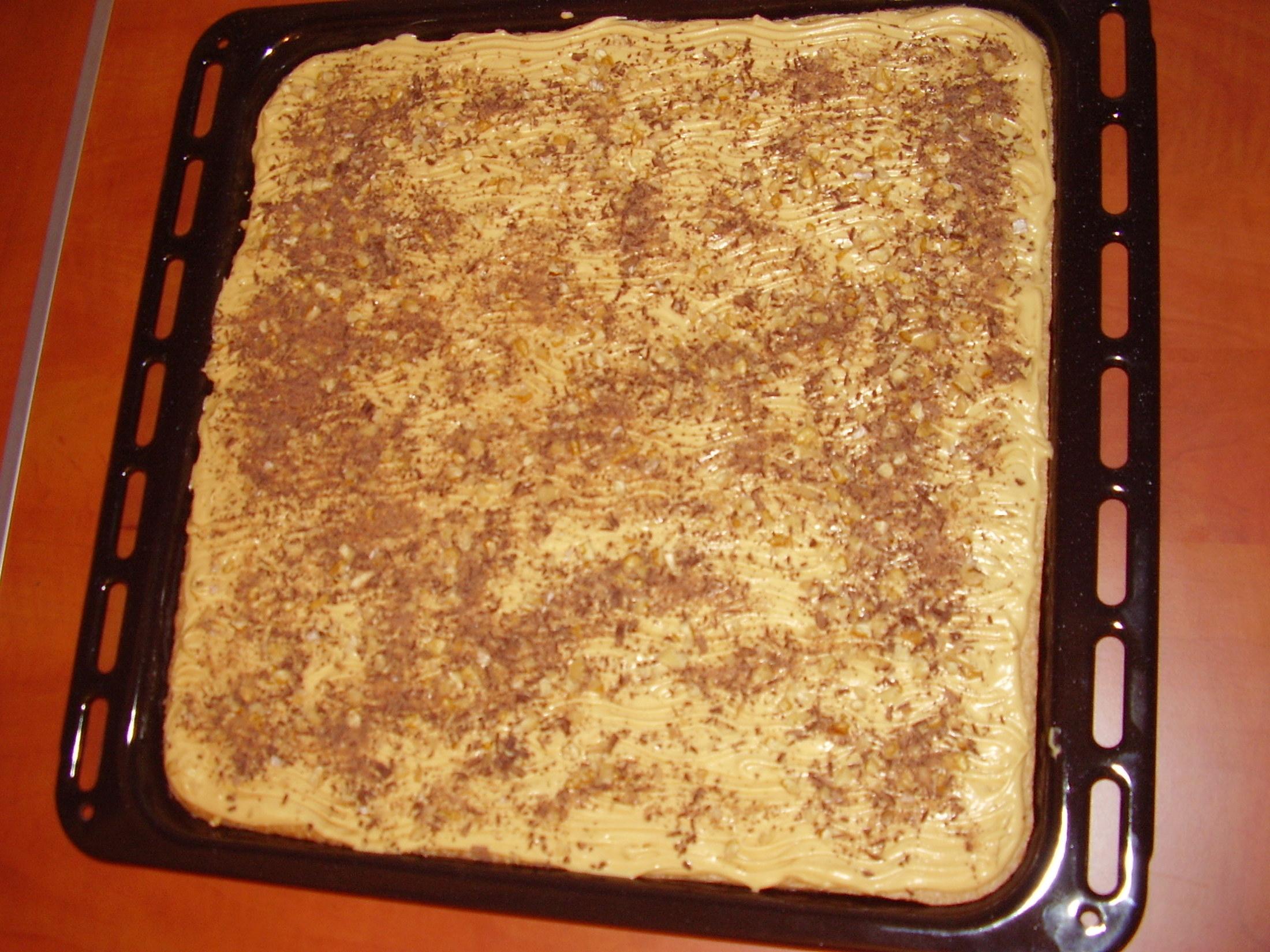 Ořechový dort na plech