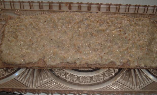 Recept Ořechové řezy bez mouky - pláty natřeme náplní