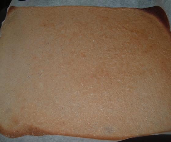 Recept Ořechové řezy bez mouky - upečený korpus