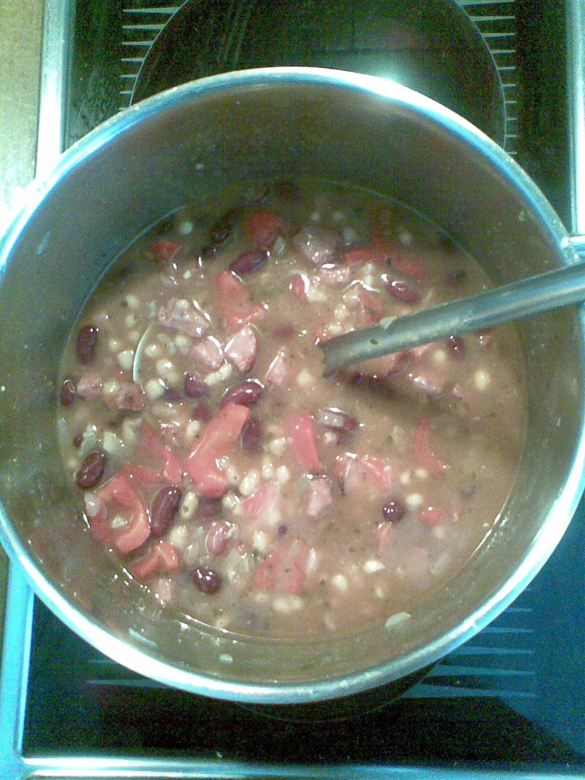 Recept Mexické fazole s masem - Mexické fazole jsou tak dobré, že asi nic nezbude.