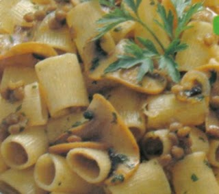 Fotografie receptu: Pasta al sugo con funghi