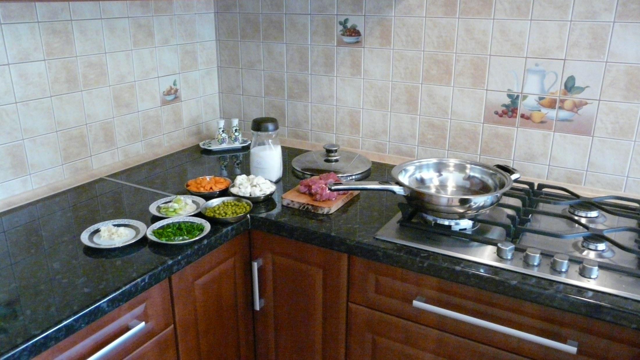 Hovězí maso s mrkví a kedlubnami
